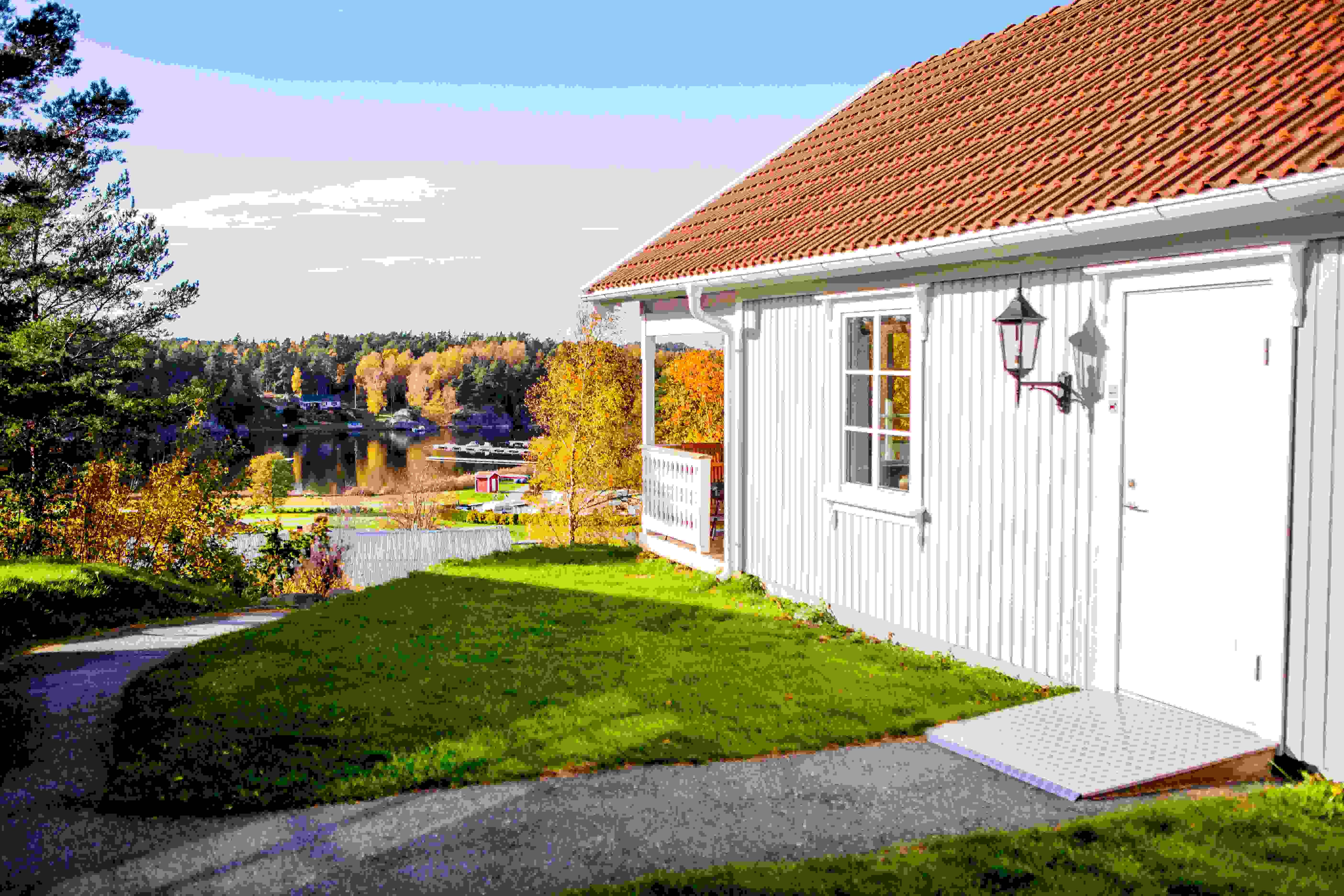 gift ledsagare små nära Göteborg